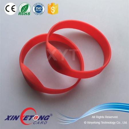 13.56Mhz MF DESFire EV1 4K RFID Silicone Wristband