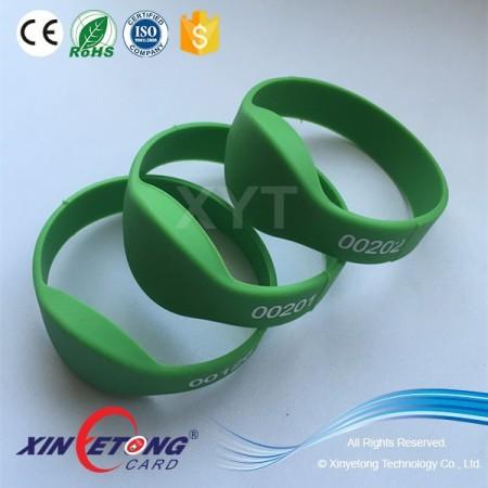 13.56Mhz Passive Ntag213 NFC Silicone Wristband