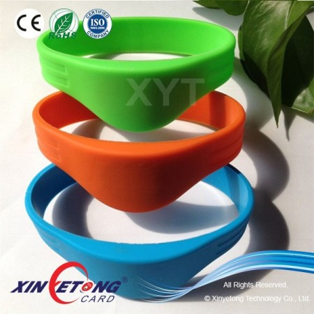 125KHZ Read Only TK4100 Chip RFID Wristband For Access