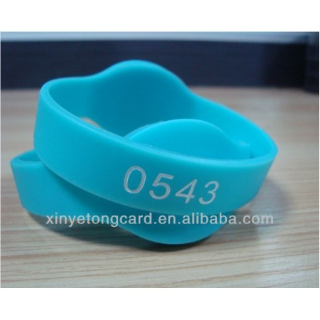 Custom Silicone Wristbands With Chip Inside