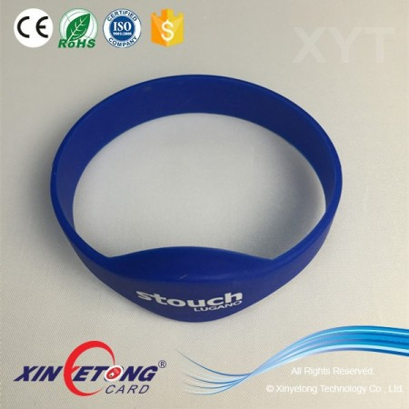 Type 2 144Byte 213 Chip NFC Silicon Wristband With Logo Printing
